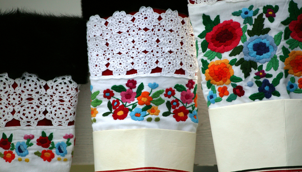 Embroidered floral patterns - Greenland